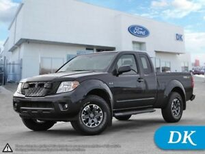 2015 Nissan Frontier PRO-4X w/Navigation VERY LOW KM'S!