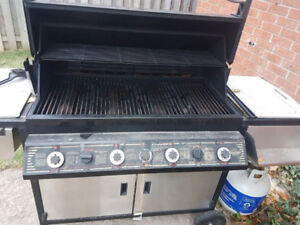 "Napoleon 4 Burner BBQ - Model  600 RB  .  Grill is 35"" x 16"""