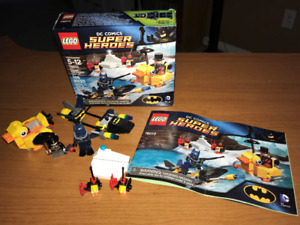 LEGO DC Super Heroes Batman The Penguin Face Off 76010