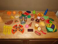 Lot d'aliments en plastique