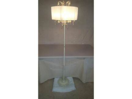 Floor lamp neg