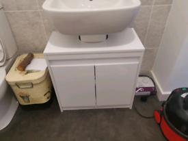 Under sink bathroom vanity unit