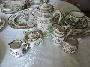 Copeland Spode Indian Tree Green and Pink Dinnerware Set Kingston Kingston Area image 7