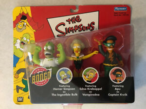 "THE SIMPSONS ""Bongo Comics Group"" Set (Playmates)(2002)(MIP)"