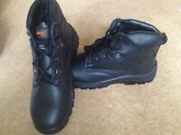 New Black work boots size 8 steel toe caps