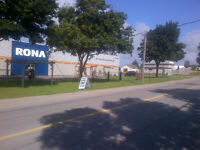Industrial Office/Warehouse for lease in High Traffic Location