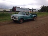 1977 Ford F-250 Stepside 390 4 Speed Manual