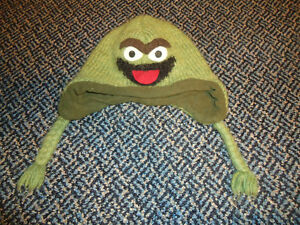Size 4-7 Oscar The Grouch Toque