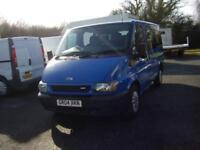 2004 FORD TORNEO 9 SEATER BUS
