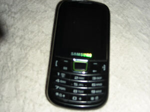wanting  to trade my samsung clearnet for a phone with apps