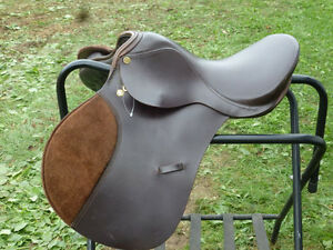 16 IN ALL PURPOSE ENGLISH SADDLE BY GRIFFITH