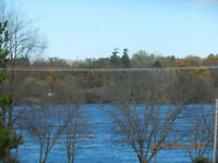 BEAUTIFUL WATER FRONT HOUSE 3 BEDROOMS NEAR VAUDREUIL 995$/MONTH