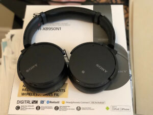Sony MDR-XB950N1 EXTRA BASS™ Wireless Noise-Cancelling Headphone
