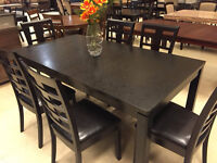 Liquidation table with 6 chairs