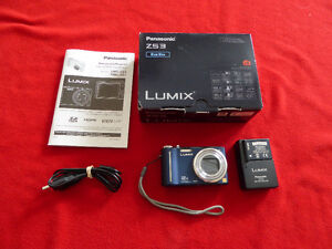 Lumix DS3 camera for parts