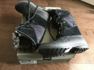 Botte de neige CLARKS , Neuf , Muckers Storm boots Taille 7,5 M