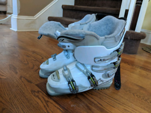 Ski Boots size 25.5 to 26