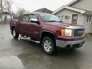 2008 GMC Sierra 1500 SLE, VERY CLEAN!