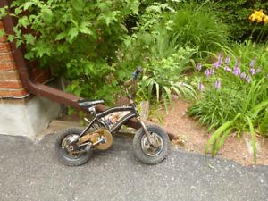 Children's  Bike Tow Mater