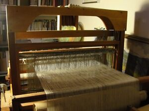 """4 Shaft 27"""" Table Loom with Front levers"""