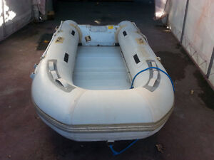 Aquamarine 10' Dinghy with 6hp outboard
