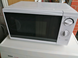 Tesco microwave 700w