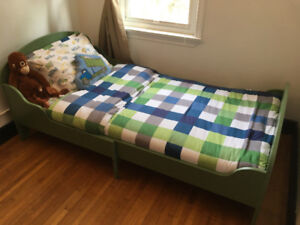 Clean Beautiful Ikea Extendable Kids Bed