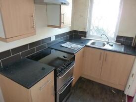 2 bedroom house in Compton Road, Harehills, LS9