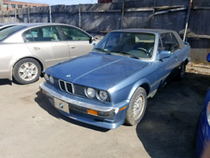 BMW E30 1989 CONVERTIBLE CLEAN VERY LOW KM RARE FIND