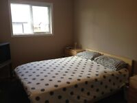 Room (Furnished) to Rent