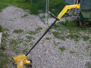 ELECTRIC PARAMOUNT GRASS EDGER FOR SALE