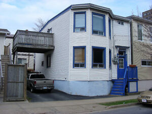 2 Bedroom available April 1 / North End / Large Deck