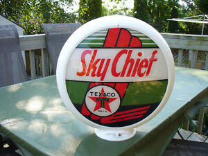 1984 TEXACO SKY CHIEF GAS PUMP GLOBE