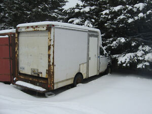 2003 Ford E-350 Cutaway. PRICE REDUCED