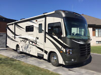 FOREST RIVER FR3 2014, 30DS, 31 PIEDS, SEULEMENT 16 850km