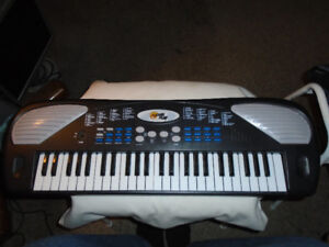Power Play Kids Keyboard