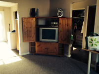 NEW AD - Legal Non-Smoking 5 Bedroom Home - Inclusive (May 1st)