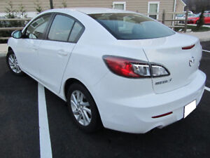 2012 Mazda 3 GS-L SkyActive w/Premium Leather Package