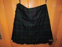 Man's Black Watch kilt, 100% wool, kilt size 40, excellent condition