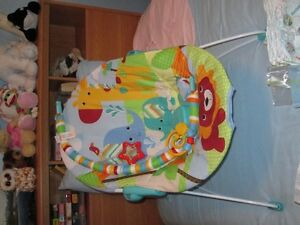 Baby bouncy seat
