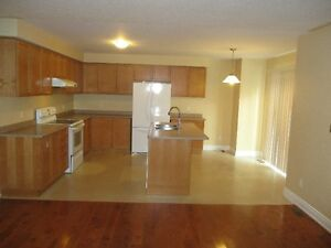 Beautiful 4 Bed 3 Bath House For Rent In Cambridge Cambridge Kitchener Area image 4
