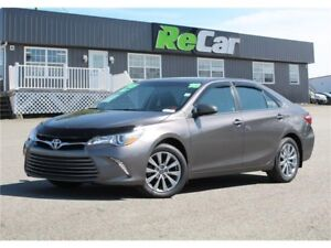 2016 Toyota Camry XLE | HEATED LEATHER | NAV | BACK UP CAM