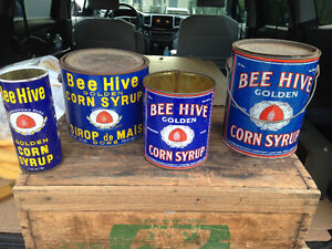 4 VINTAGE BEE HIVE CORN SYRUP TINS - PARKER PICKERS -