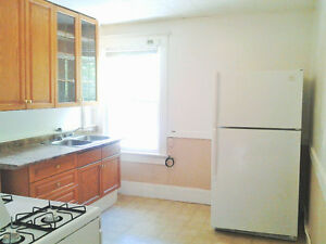 (Downtown)Whole 2nd Floor, full Deck/View, 2 Bedrms, Own Entry