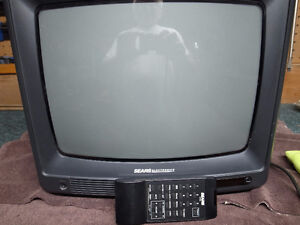 Sears TV..14 inch with remote