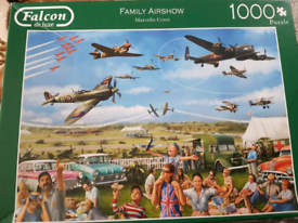 Falcon 1000 piece jigsaw puzzle 'Family Airshow'