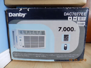 Danby Air conditioner - 7000 BTU - cools up to 250 square feet