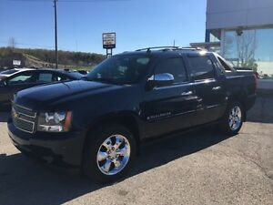 2008 Avalanche LTZ only 52,000kms!