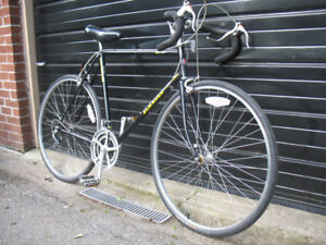 ★★★★ Vintage Schwinn World Sport road race bike 5`11 to 6`1