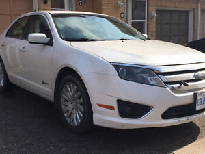 2010 Ford Fusion HYBRID- GREAT FOR UBER AND LYFT